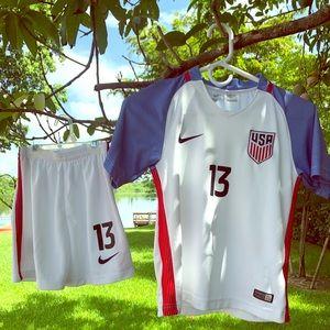 Alex Morgan USA Uniform